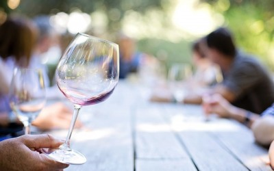 How to taste wine: the three step approach